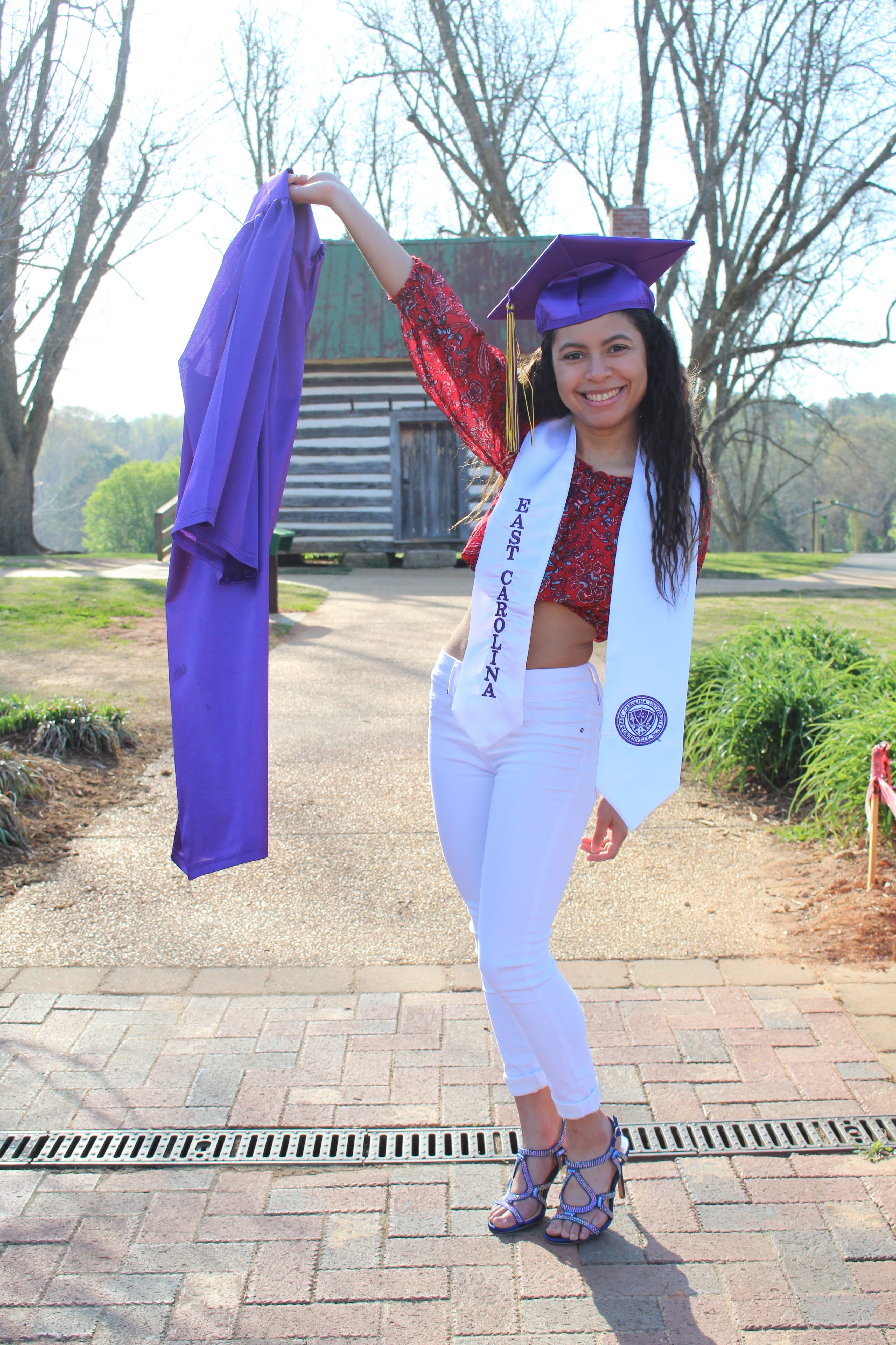 Ariana Cruz : Instructor (all ages)